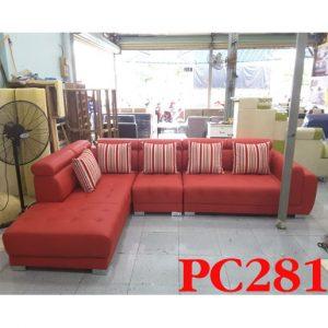 Có nên sử dụng ghế sofa phòng khách màu đỏ quận 7? 4