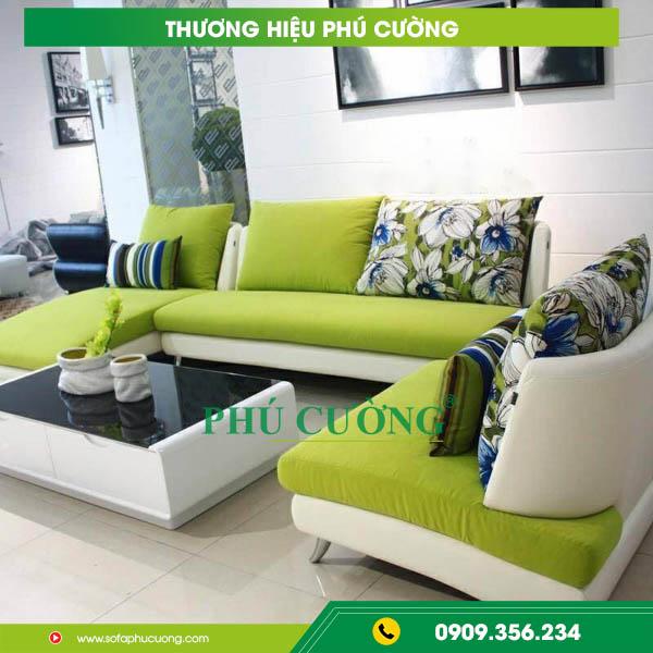 Mẹo nhỏ với sofa nỉ cỏ may nới rộng không gian phòng khách nhỏ 2