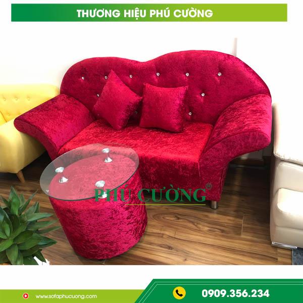 """Thận trọng khi mua ghế sofa tân cổ điển, kẻo mua phải """"hàng mã"""" 1"""
