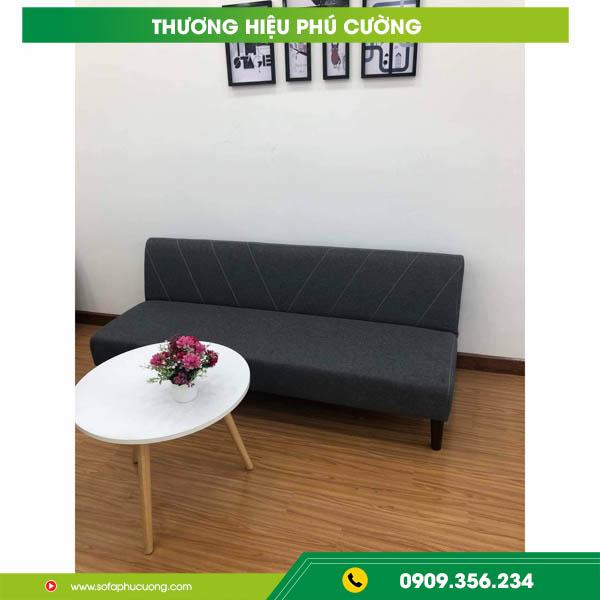 Các bước sử dụng ghế sofa mở thành giường đơn giản