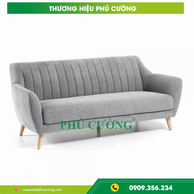 Mách bạn cách vệ sinh ghế sofa gỗ quận 9 hiệu quả tại nhà