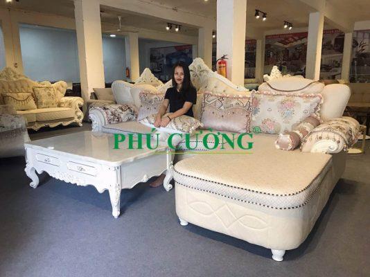 Cách làm sạch ghế sofa quận Tân Bình chất liệu giả da hiệu quả